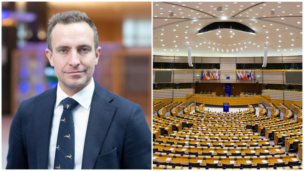 Tomas Tobé (M) och ett tomt EU-parlament